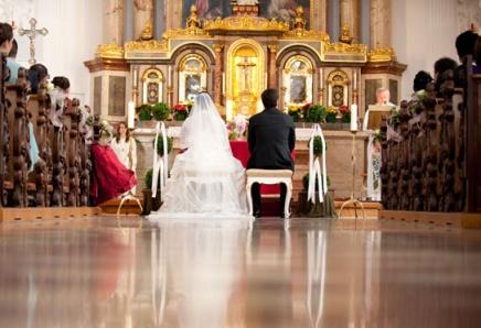 Hochzeit-Kirche-a228189742
