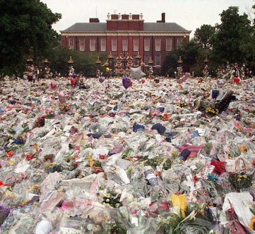 FILE PHOTO: 15 Years Since The Death Of Princess Diana Floral Tributes For Diana