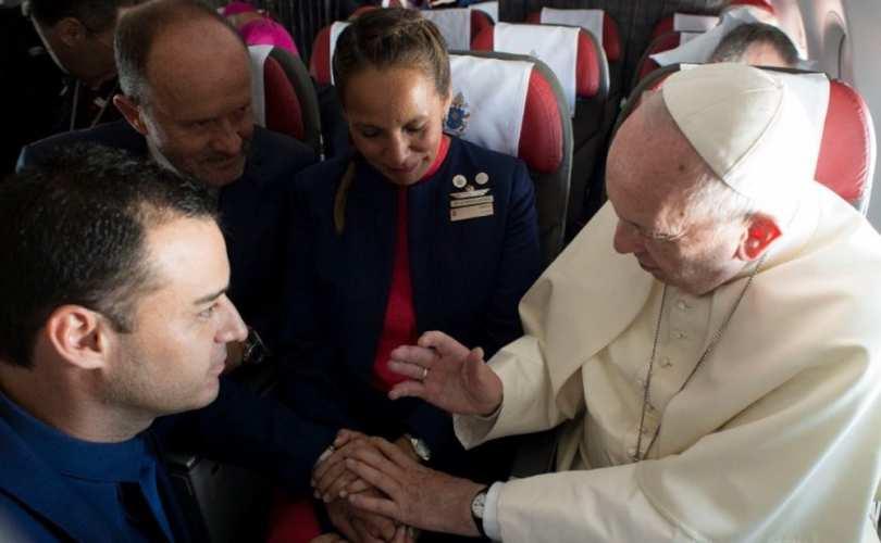 Pope-wedding-plane_810_500_55_s_c1